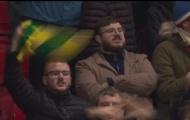 CĐV Man Utd đã hát gì tại Old Trafford đêm qua?