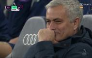 50 sắc thái vui nhộn của Mourinho trước quyết định của VAR và tổ trọng tài