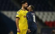 Ghi bàn rồi khiến đối thủ nhận thẻ đỏ, Neymar đưa PSG vào tứ kết C1
