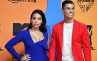 Bạn gái Ronaldo: 'Tôi cảm thấy xấu hổ khi tập luyện cùng anh ấy'