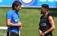 Sau tất cả, Conte nói điều thật lòng về 'hàng hớ' của Man Utd