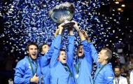 Gãy ngón tay, del Potro nén đau giúp Argentina vô địch Davis Cup