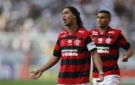 Ronaldinho cáo bệnh để trốn tập?