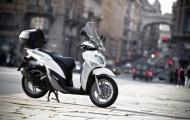 'Khắc tinh' của Honda SHi chính thức xuất hiện