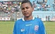 Thêm một cầu thủ nữa chết trên sân bóng