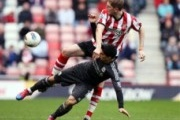 Video Premier League: Mèo Đen đánh bại The Kop