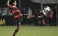Không có chuyện 'Rô vẩu' rời Flamengo sớm