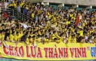 Cổ động viên Sông Lam Nghệ An náo động sân Thống Nhất