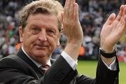 Video hài hước: Xem HLV Roy Hodgson 'phiêu' với nhạc rock