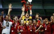Tại sao Iker Casillas xứng đáng giành Quả bóng vàng?
