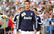 NÓNG: Vượt Messi, Ronaldo giành giải Goal 50
