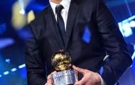 Ibrahimovic bảnh bao về quê nhận giải