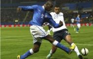 Italia 1-2 Pháp: Khi chơi hay chưa chắc đã thắng