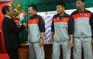 Chùm ảnh: HLV Hoàng Văn Phúc tự tin ngày ra mắt