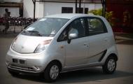 Mục sở thị mẫu xe giá rẻ nhất thế giới xuất hiện ở Hà Nội