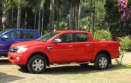 Ford bộn thu nhờ xe thương mại