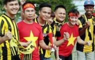 Những hình ảnh đẹp giữa CĐV Việt Nam và Malaysia