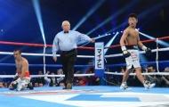 """Boxing: """"Quái vật"""" chấm dứt 12 năm thống trị của đối thủ"""