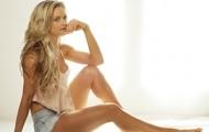 Laura Danielz, ring girl trẻ sáng giá mê thể hình