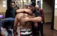 Cormier khóc nức nở sau trận thua trước Jones