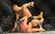 Thua trận, Siver cúi mình nhận lỗi với McGregor
