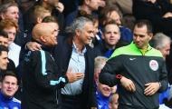 Diego Costa lập cú đúp, Jose Mourinho tạm thời 'thoát nguy'