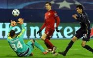 Lewandowski rực sáng trong trận thắng thứ 100 của Guardiola