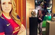 Ronaldo hẹn hò nữ phi công fan Barcelona