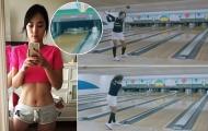 Mỹ nhân golf Hàn Quốc đánh đổ chai bowling bằng chiêu lạ
