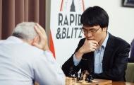 Huyền thoại cờ Kasparov ôm đầu chịu thua Lê Quang Liêm