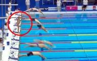 'Lão tướng' bơi lội mặc niệm nạn nhân khủng bố theo cách không ai ngờ