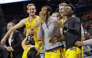 Hạng 188 tiễn hạng 1 ra đi ngay trong vòng đầu, NCAA đang điên cuồng hơn bao giờ hết