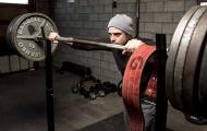 Những điều cần phải biết về đai lưng và dây cuốn cổ tay trong tập gym