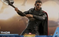 Tập luyện để có được cơ bắp như 'Thần Sấm' - Chris Hemsworth