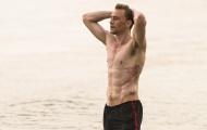 Bí mật để có một thân hình rắn rỏi với 6 múi cuồn cuộn của Tom Hiddleston