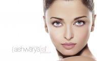 Hoa hậu đẹp nhất thế giới Aishwarya Rai và những bí quyết giữ dáng thần thánh