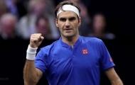 Federer sánh ngang kỷ lục của hai huyền thoại quần vợt