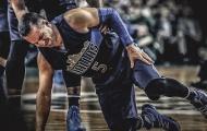 Dallas Mavericks gặp hoạn nạn khi có nguy cơ mất đi thủ lĩnh tinh thần do đứt gân chân