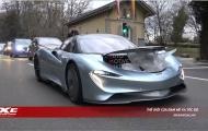 Phấn khích thưởng thức tiếng gầm uy lực của McLaren Speedtail lần đầu lăn bánh trên phố