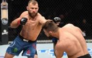 Kết quả UFC: Donald Cerrone đánh bại Iaquinta, sẵn sàng tranh đai vô địch
