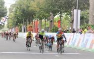 Chặng 6 Tour xe đạp toàn quốc về nông thôn: Nỗ lực thay đổi thứ hạng không thành