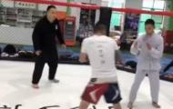 Môn đồ Vịnh Xuân bị võ sĩ MMA hạ knock-out sau 6 giây