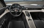 Hình ảnh nội thất hiếm hoi của xe điện Porsche Taycan hoàn toàn mới lần đầu lộ diện