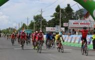 Chặng 3 giải xe đạp đồng bằng sông Cửu Long: Ngoại binh vượt trội tại đích đến.