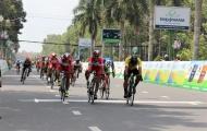 Chặng 5 giải xe đạp đồng bằng sông Cửu Long: Tay đua ngoại quá mạnh ở đích đến