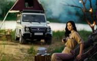 Hoa hậu Tiểu Vy khoe vẻ sang chảnh bên vua off road Mercedes-Benz AMG G63