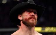 Donald Cerrone bị đình chỉ thi đấu vì gãy xương mặt trong cuộc chiến với Conor McGregor