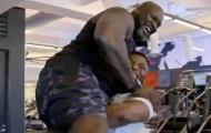 Ngôi sao UFC Ngannou nâng huyền thoại NBA nặng 147 kg