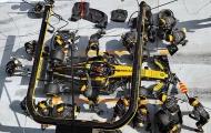 Đua xe F1 - phía sau Lightning McQueen là cuộc chiến của những Guido