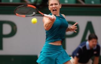 Tay vợt hy sinh bộ ngực khủng chính thức rút lui khỏi WTA Finals